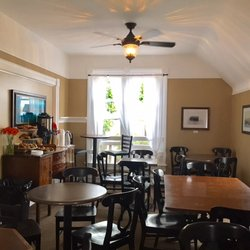 Photo Of Point Loma Living Room Coffeehouse   San Diego, CA, United States