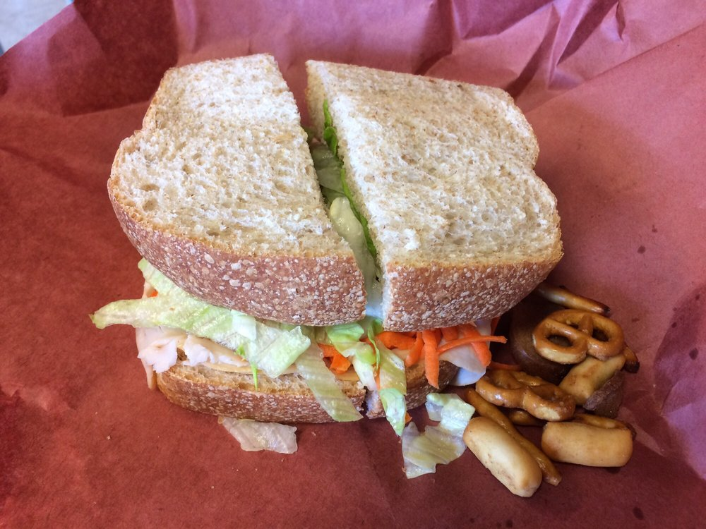 Grinders Deli: 604 3rd Ave NW, Austin, MN