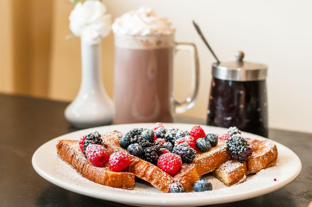 Gillwoods Cafe: 1313 Main St, Saint Helena, CA