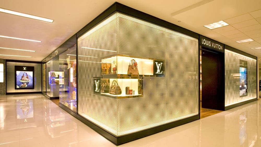 Photo of Louis Vuitton McLean Tysons Corner Bloomingdale's: McLean, VA
