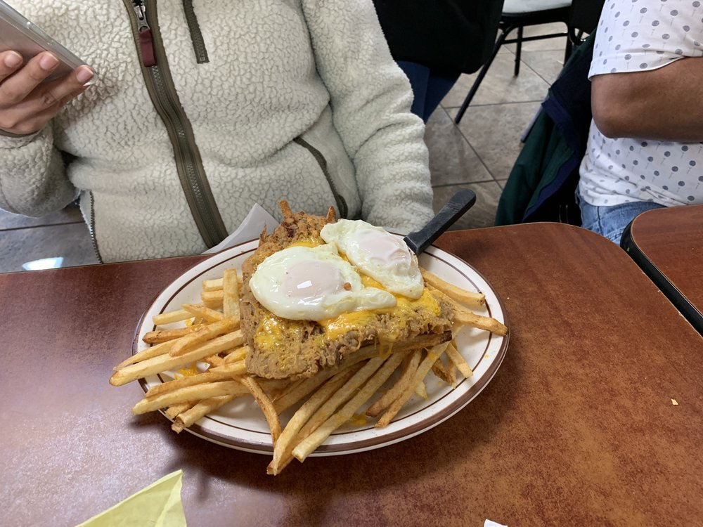 Genaro's Cafe: 600 W Hill Ave, Gallup, NM