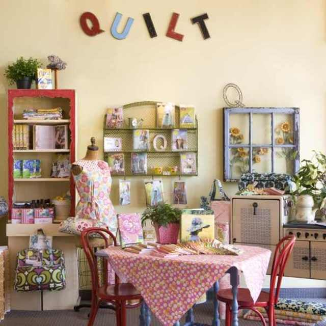 Photos For Quiltique