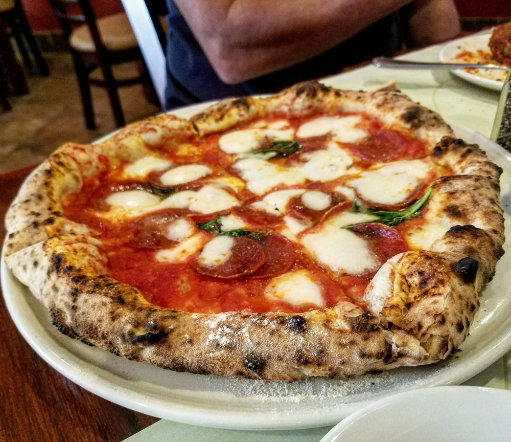 La Italian Kitchen: Margherita Woodfire Pizza With Pepperoni