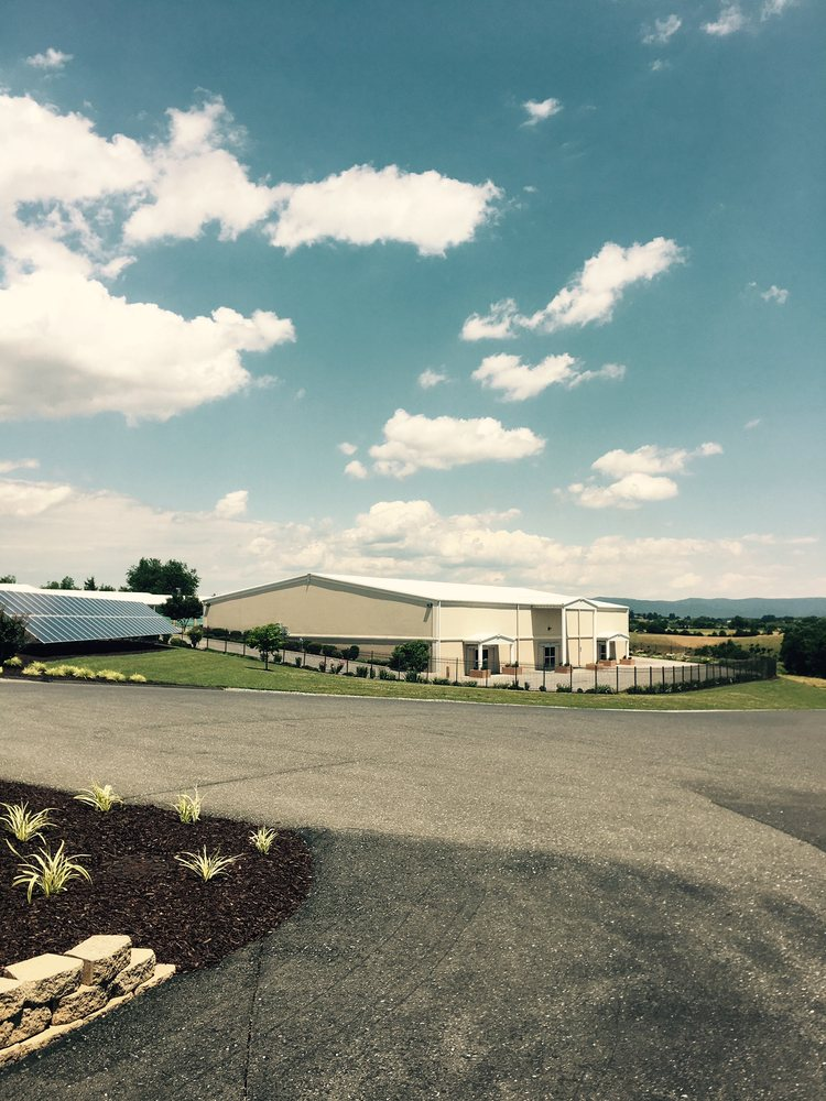 Cedar Park Storage: 49 Cedar Park Ln, Verona, VA