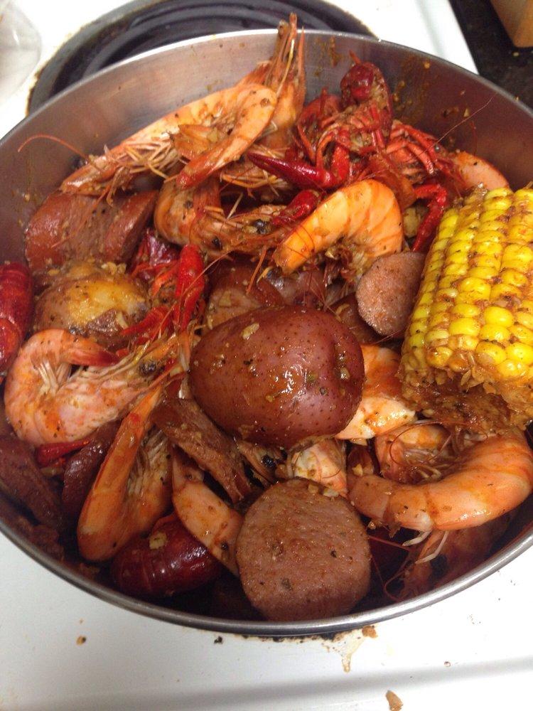 Shaking Crab: 1255 Fordham Dr, Virginia Beach, VA