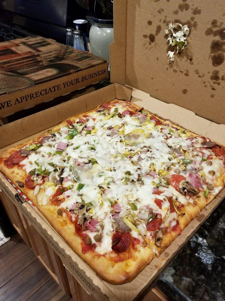 Ciro's Pizza & Subs: 1138 E Stuart Dr, Galax, VA