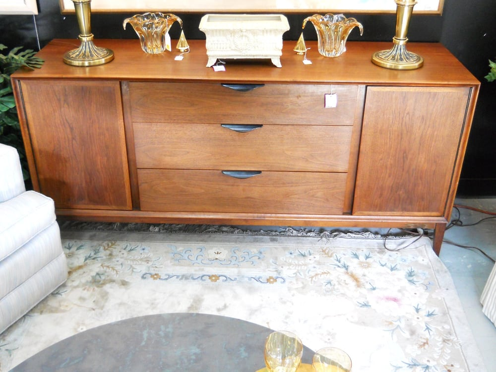 Mid century modern credenza by milo baughman for for Mid century furniture florida