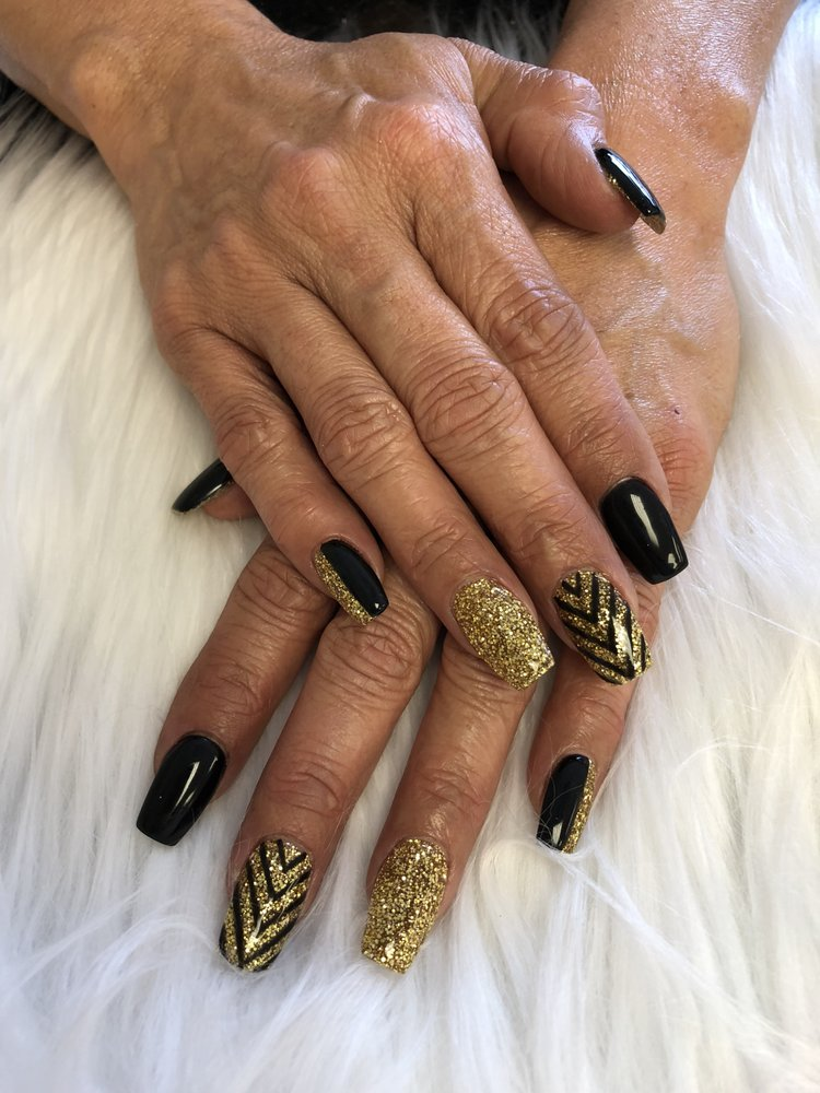 Fashion Nails: 1901 Ave F NW, Childress, TX