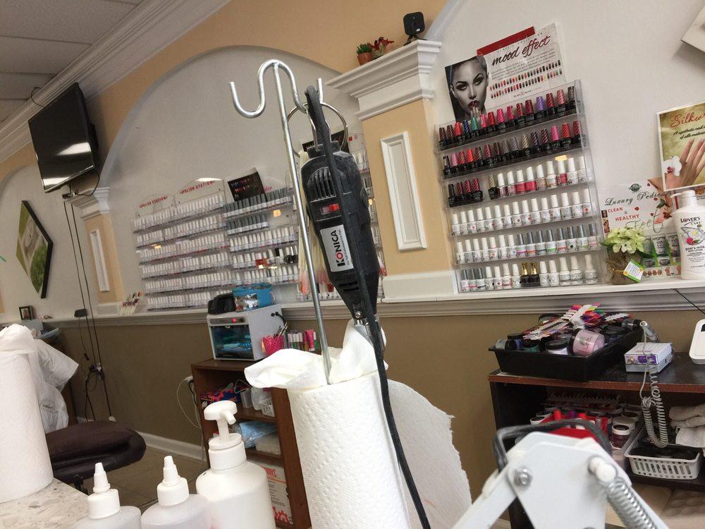 Vip Nails & Spa: 4018 Wards Rd, Lynchburg, VA