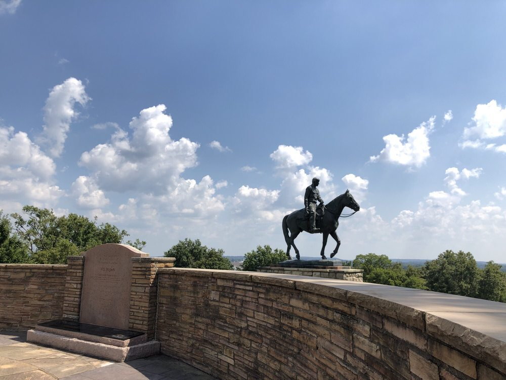 Will Rogers Memorial Museum: 1720 W Will Rogers Blvd, Claremore, OK