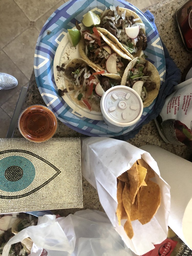 Tacos Los Panchos: 2102 N 4th St, Coeur d'Alene, ID