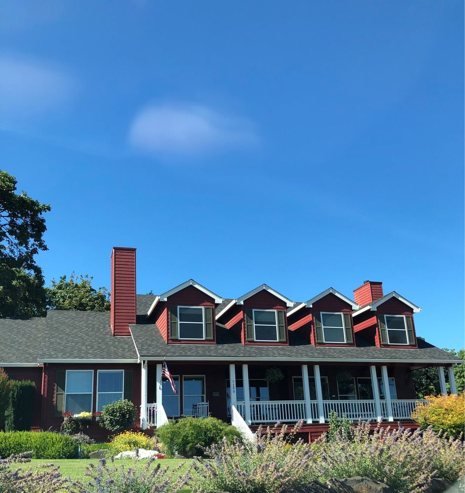 The DreamGiver's Inn: 7150 NE Earlwood Rd, Newberg, OR