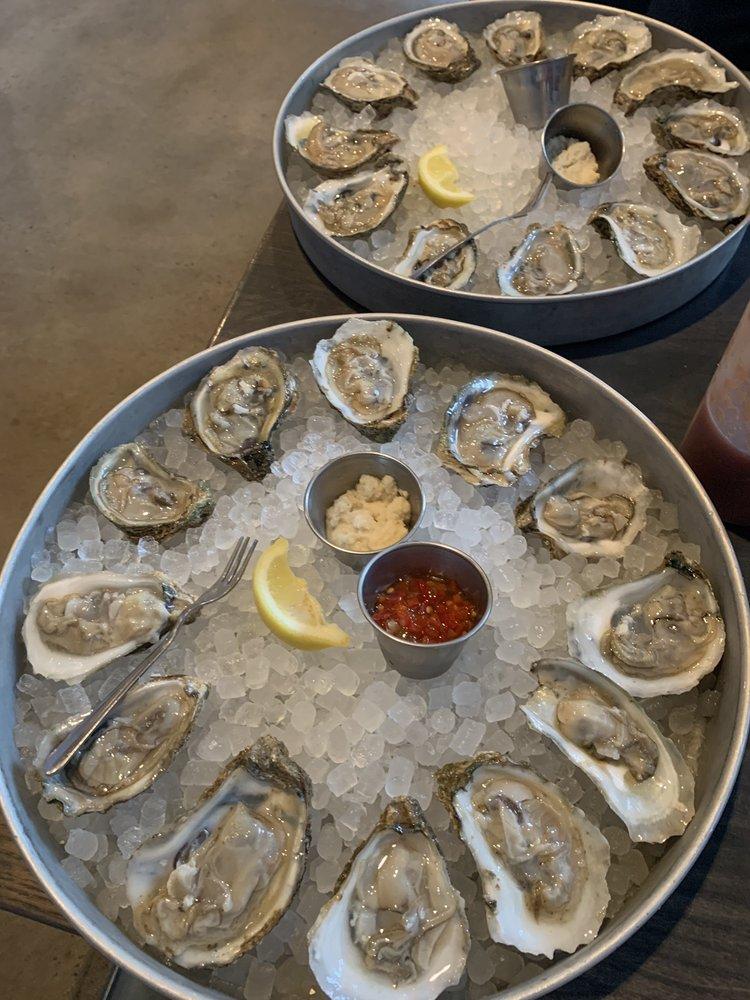 Shuckin' Shack Oyster Bar: 415 Peachtree Pkwy, Cumming, GA