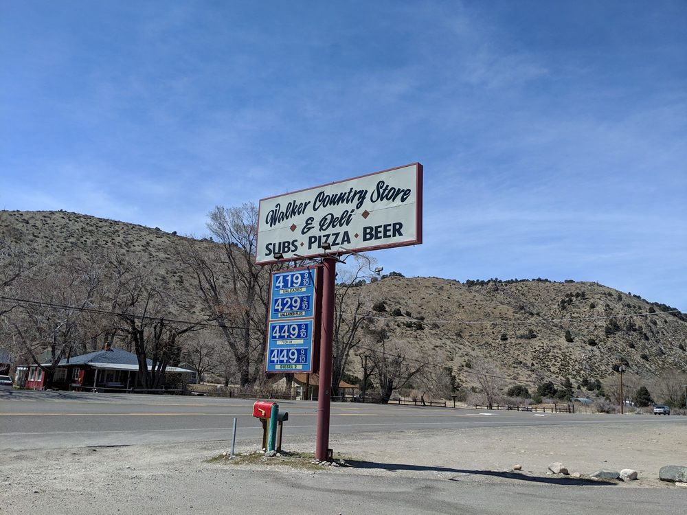 Walker Country Store: 107700 US Hwy 395, Coleville, CA