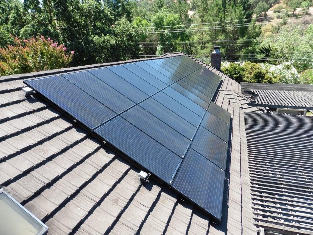 Black Frame Solar Panels On Metal Decra Roof Shadowood Yelp