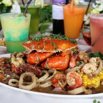Coca restaurant 33 photos restaurants 5 f sm aura for Aura thai fusion cuisine