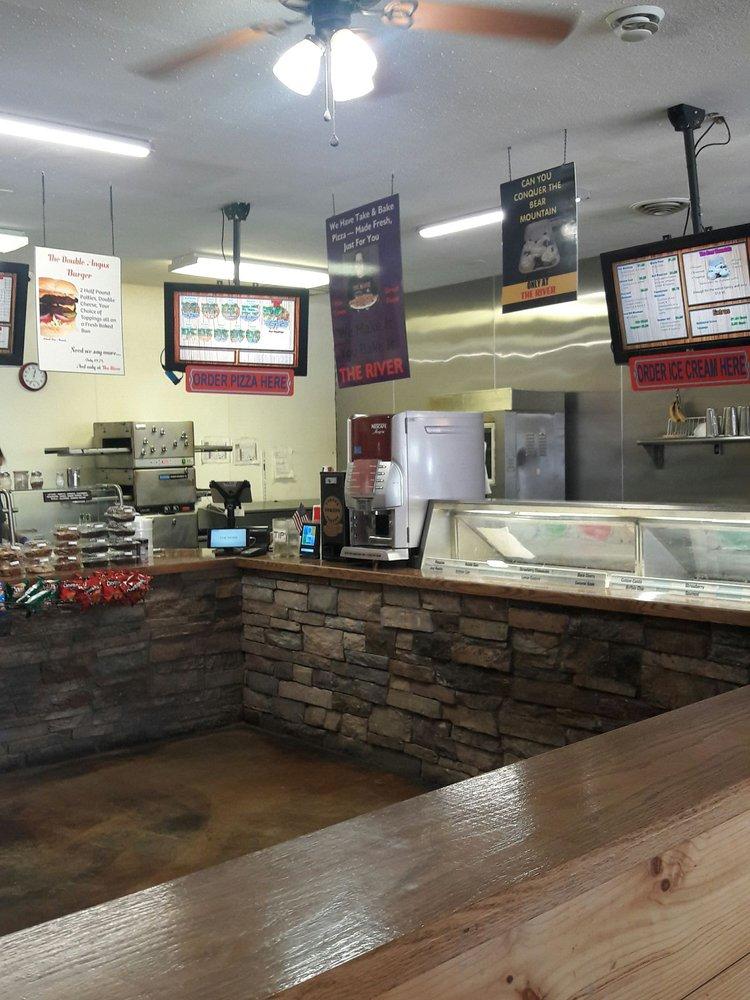Boulder River Pizza And Subs: 105 S Main St, Boulder, MT