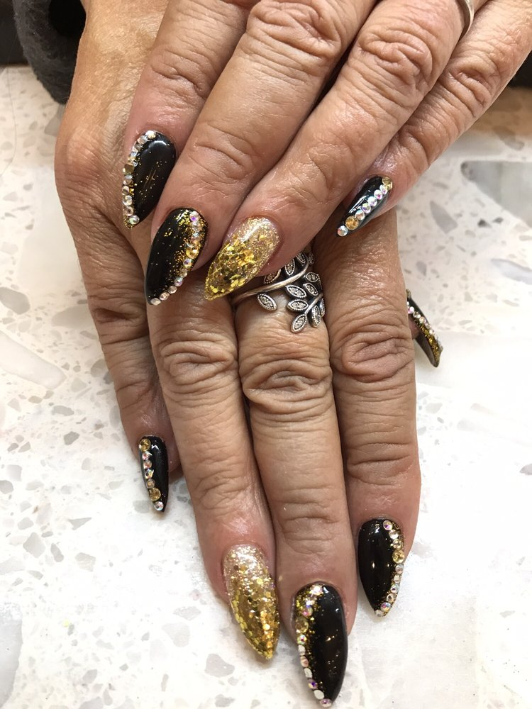 Touch Of Beauty - 18 Photos & 15 Reviews - Nail Salons - 50 Holyoke ...
