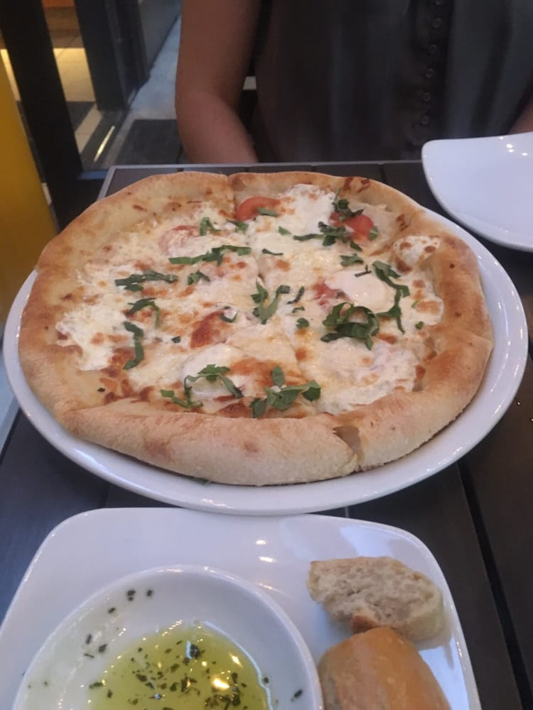 California Pizza Kitchen Jacksonville Fl
