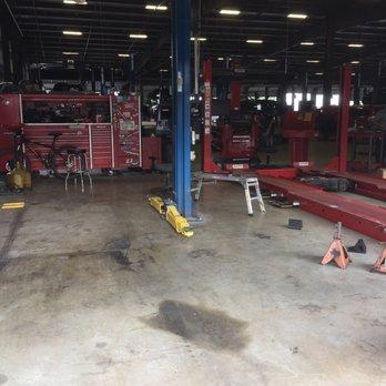 Burns motors 14 photos car dealers 1300 e business for Burns motors mcallen texas