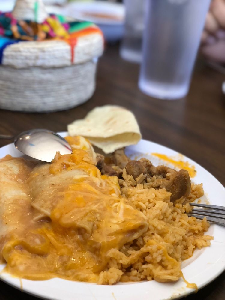 Edith's Kitchen: 1501 W Business 83, Weslaco, TX