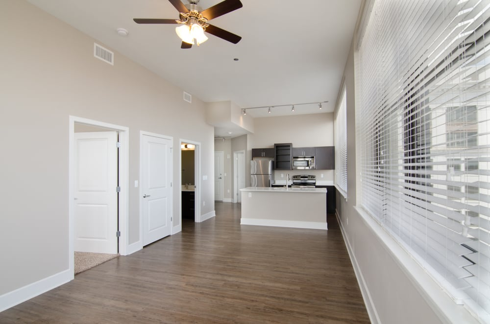 Heers Luxury Living: 138 Park Central Sq, Springfield, MO