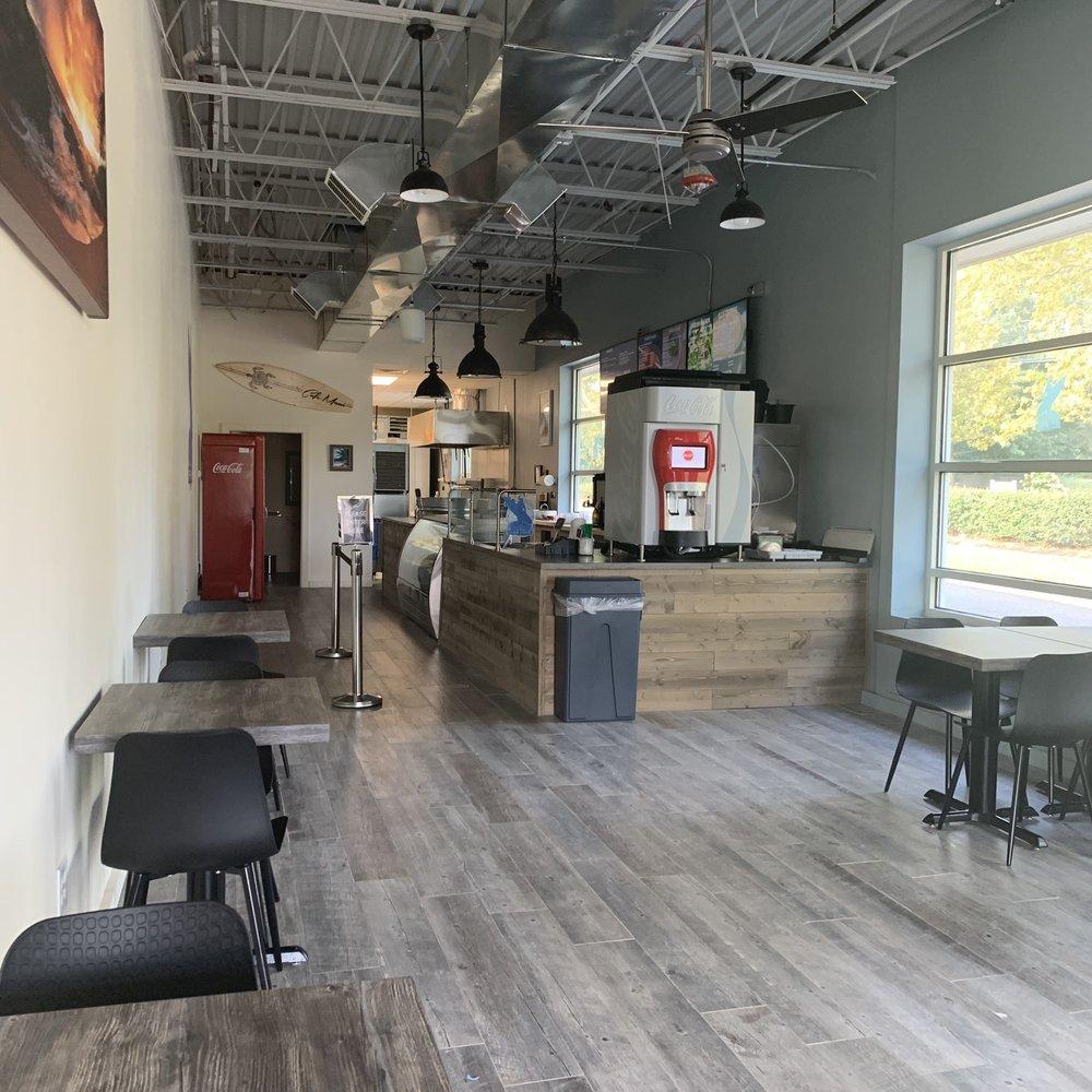 Cafe Maui: 347 NY-25A, Mount Sinai, NY
