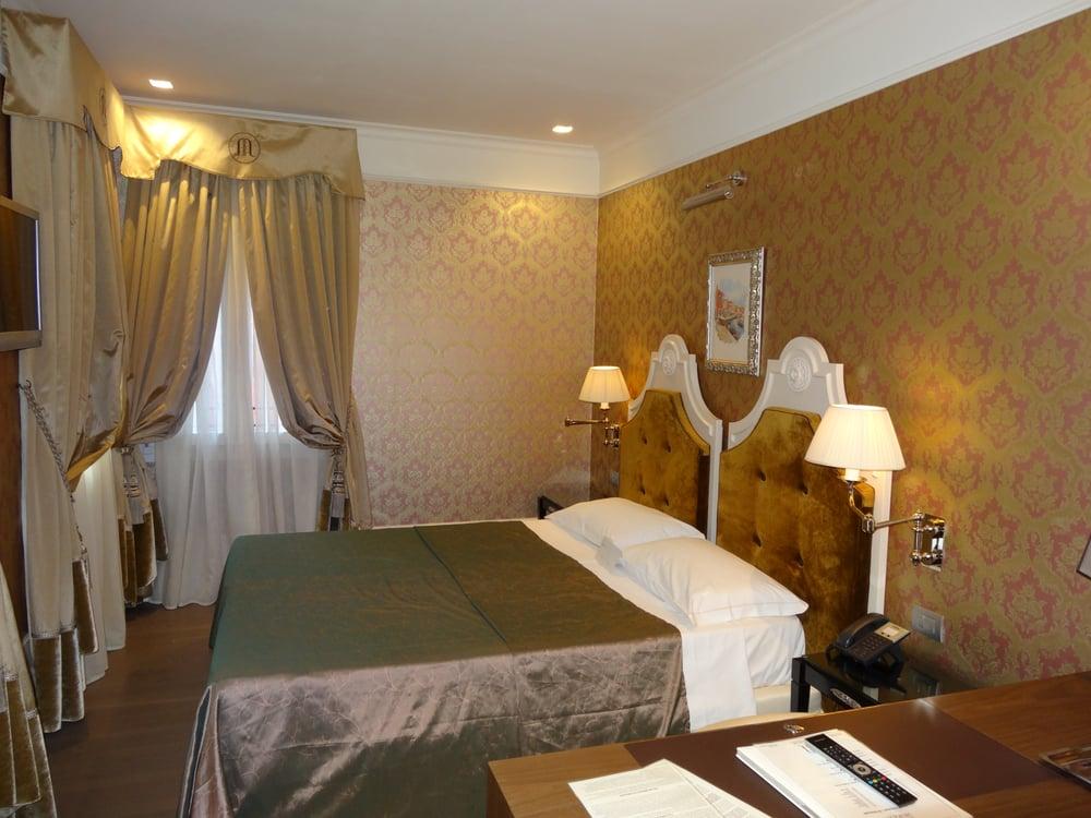 Hotel moresco 50 foto e 13 recensioni hotel sestiere for Hotel numero