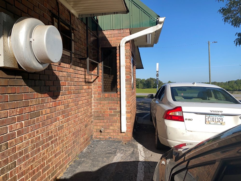 Country House Restaurant: 6443 Cleveland Hwy, Clermont, GA