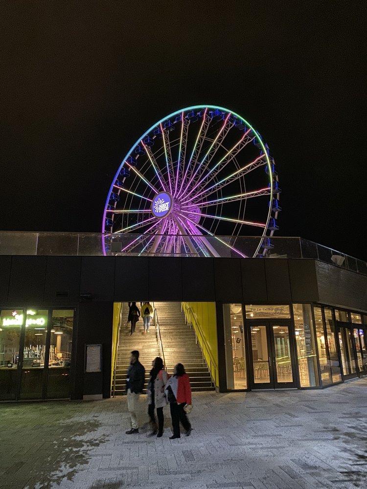 Navy Pier's Centennial Wheel: 600 E Grand Ave, Chicago, IL