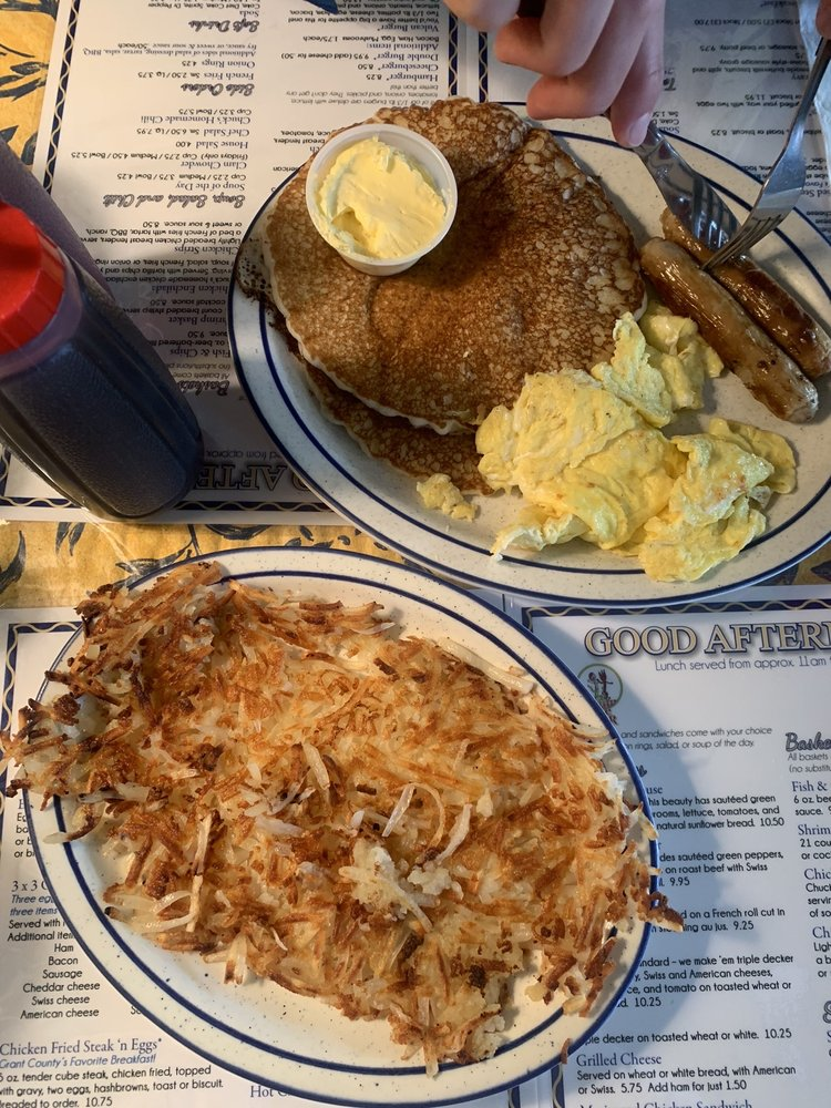 Chuck's Little Diner: 142 W Front St, Prairie City, OR