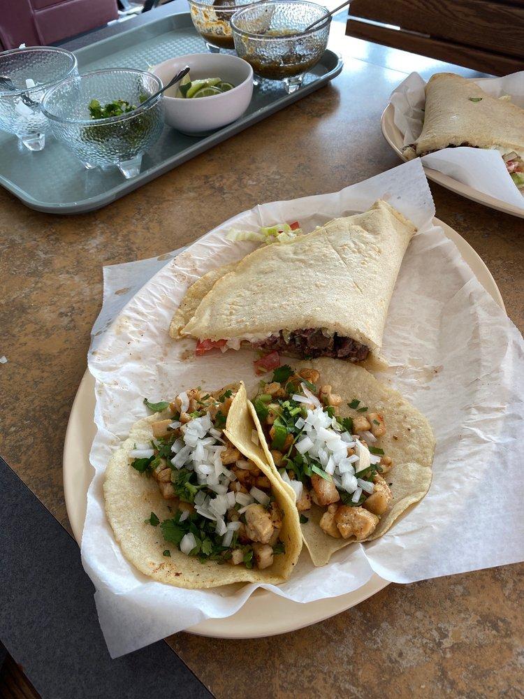 Taqueria Las Chulas: 3208 Rossville Blvd, Chattanooga, TN