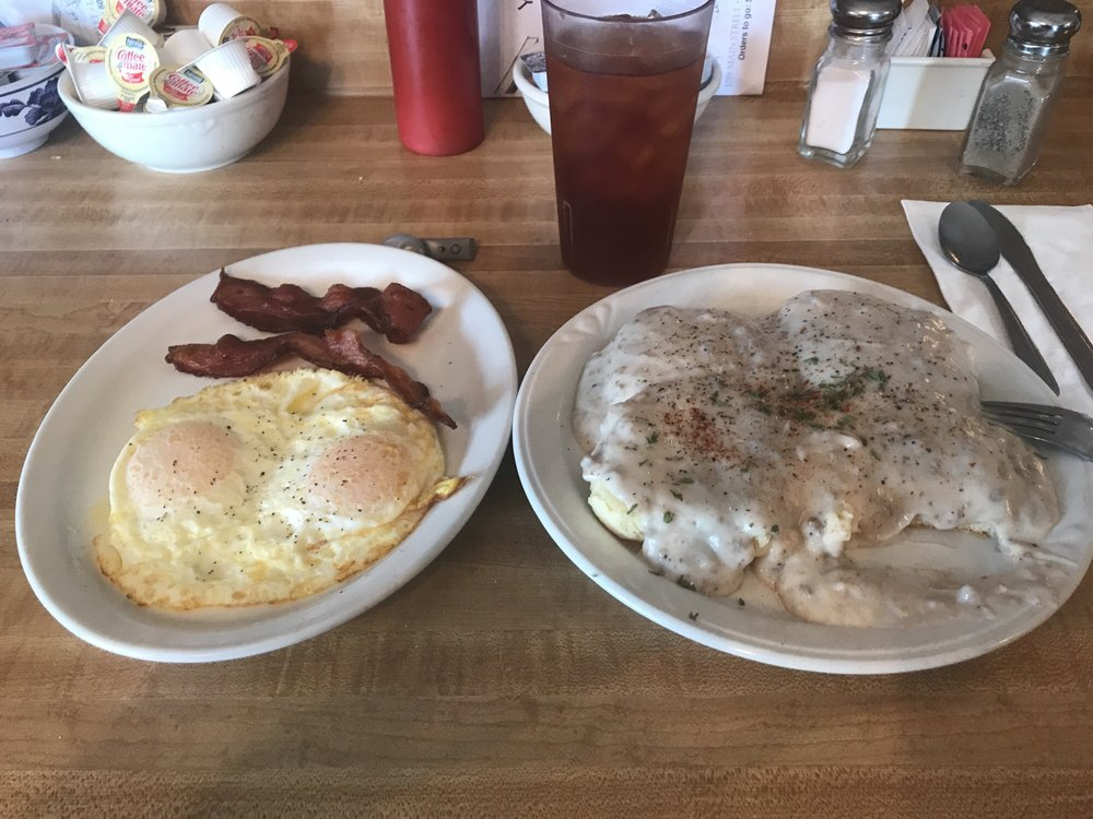 Your Country Kitchen: 1219 Main St, Lyons, OR