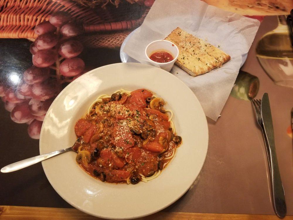 Vittorino's Cucina Italian Restaurant: 111 N Main St, Sweetwater, TN