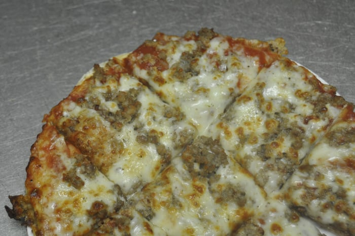 Pizza King: 1409 N Park Ave, Alexandria, IN