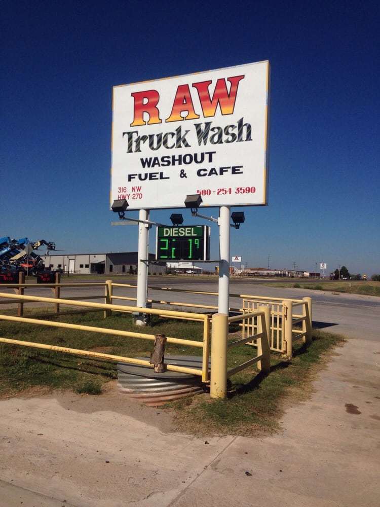 Raw Truck Wash: 318 NW Hwy 270, Woodward, OK