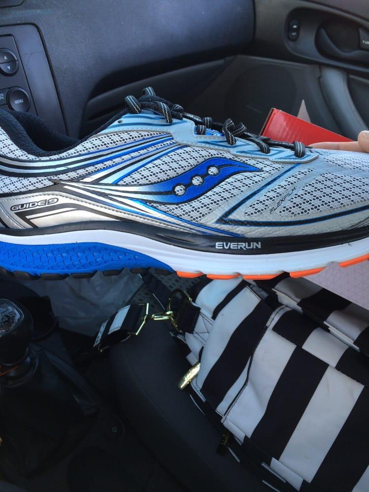 Peak Performance - The Running Store: 519 N 78th St, Omaha, NE