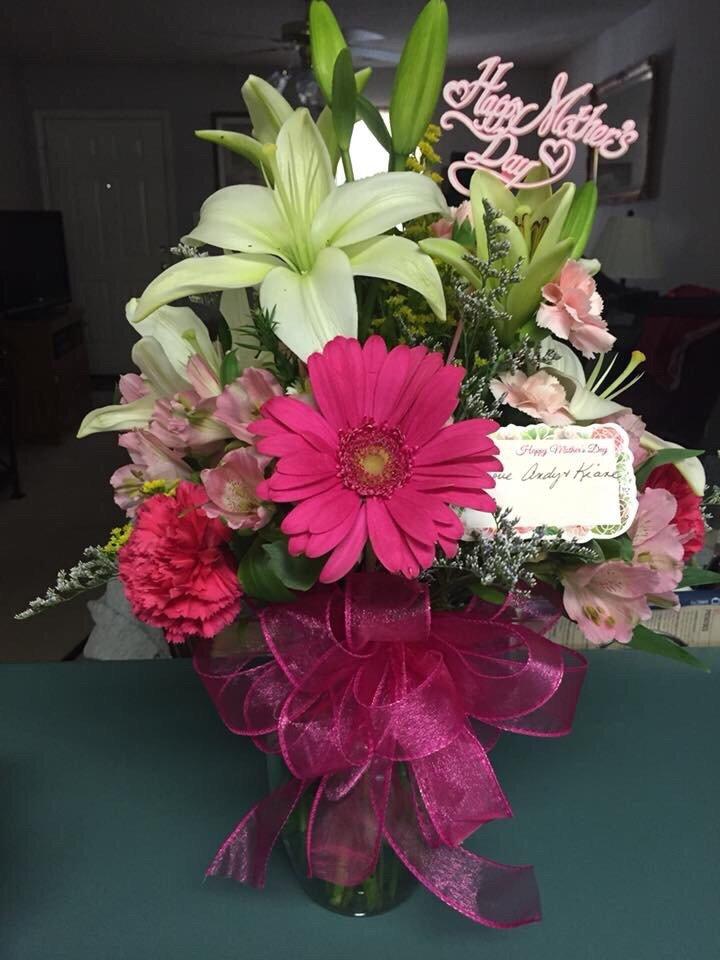 Smith Florist: 406 Main St W, Hartselle, AL
