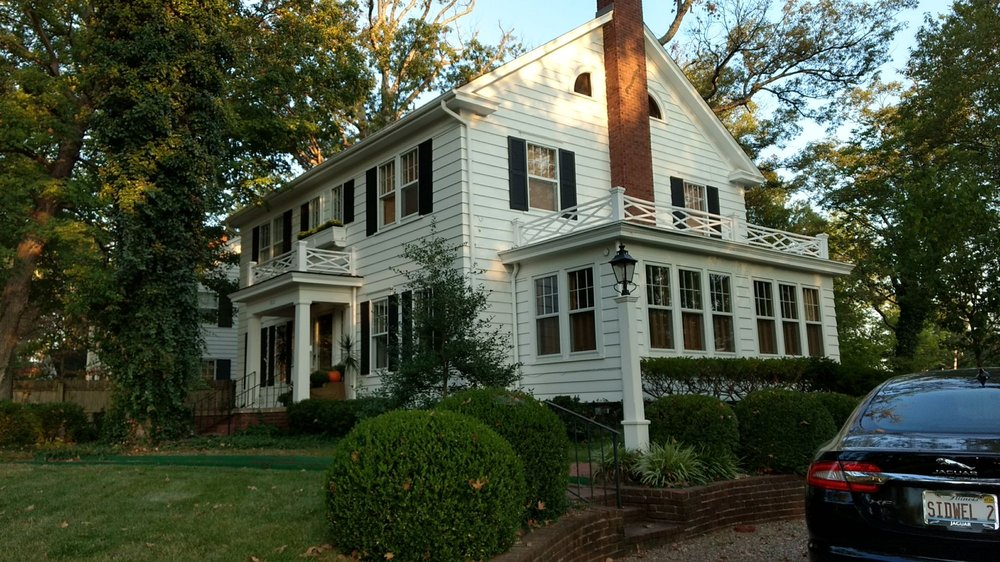 Sidwell Friends Bed and Breakfast: 1812 Richview Rd, Mount Vernon, IL