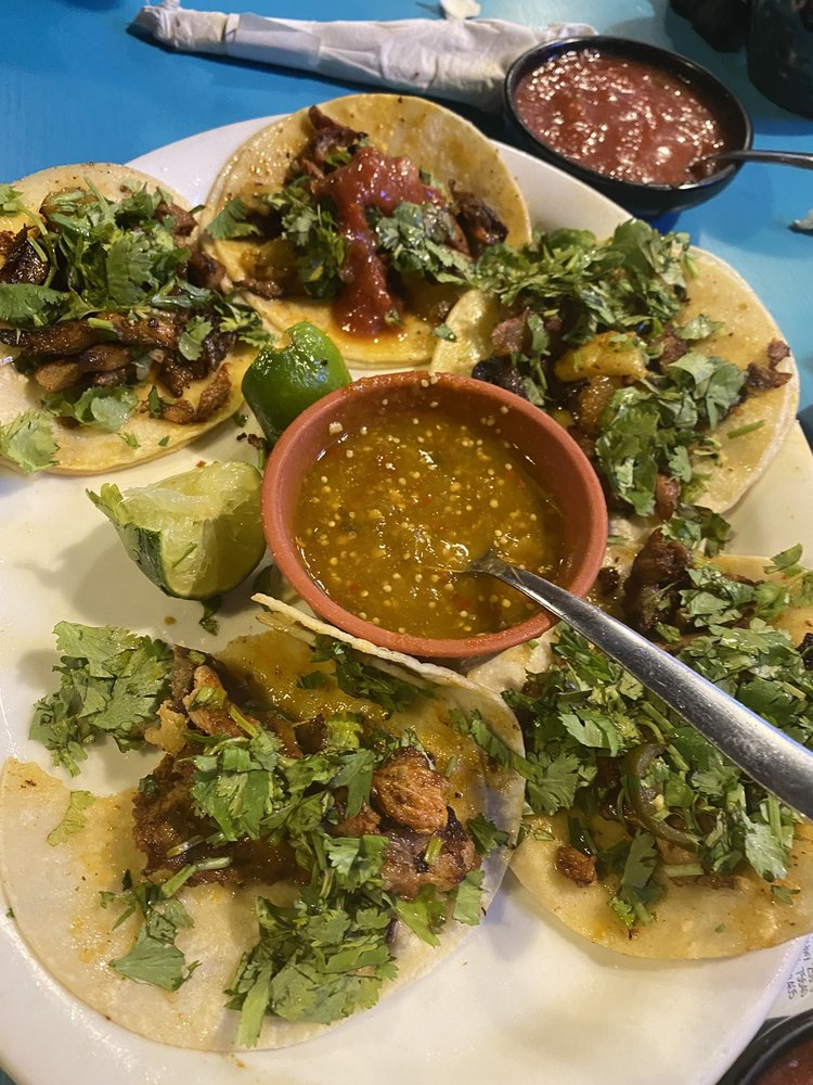 Tele's Mexican Restaurant: 2303 US Hwy 259 S, Diana, TX