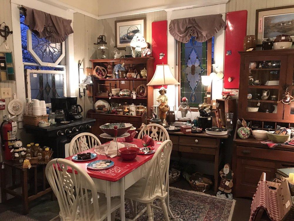 Amazing Grace Antiques: 401 N Main St, Elburn, IL