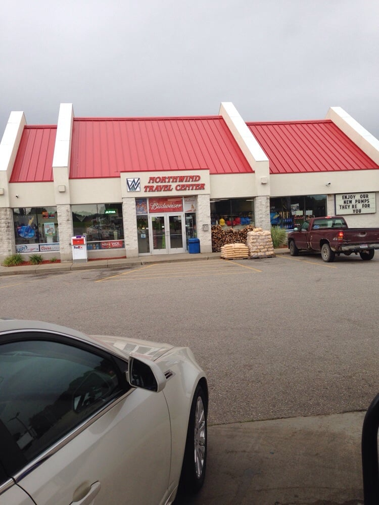 Northwind Travel Center: 5065 220th Ave, Reed City, MI