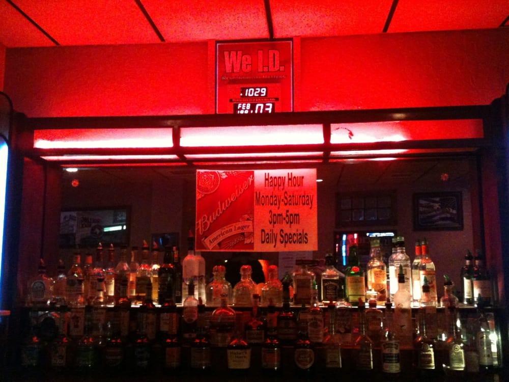 Wunder Bar & Restaurant: 711 Midland Ave, Midland, PA