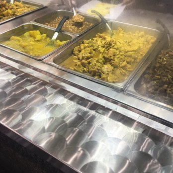 Singh s roti shop bar 118 photos 84 reviews indian for Roti food bar
