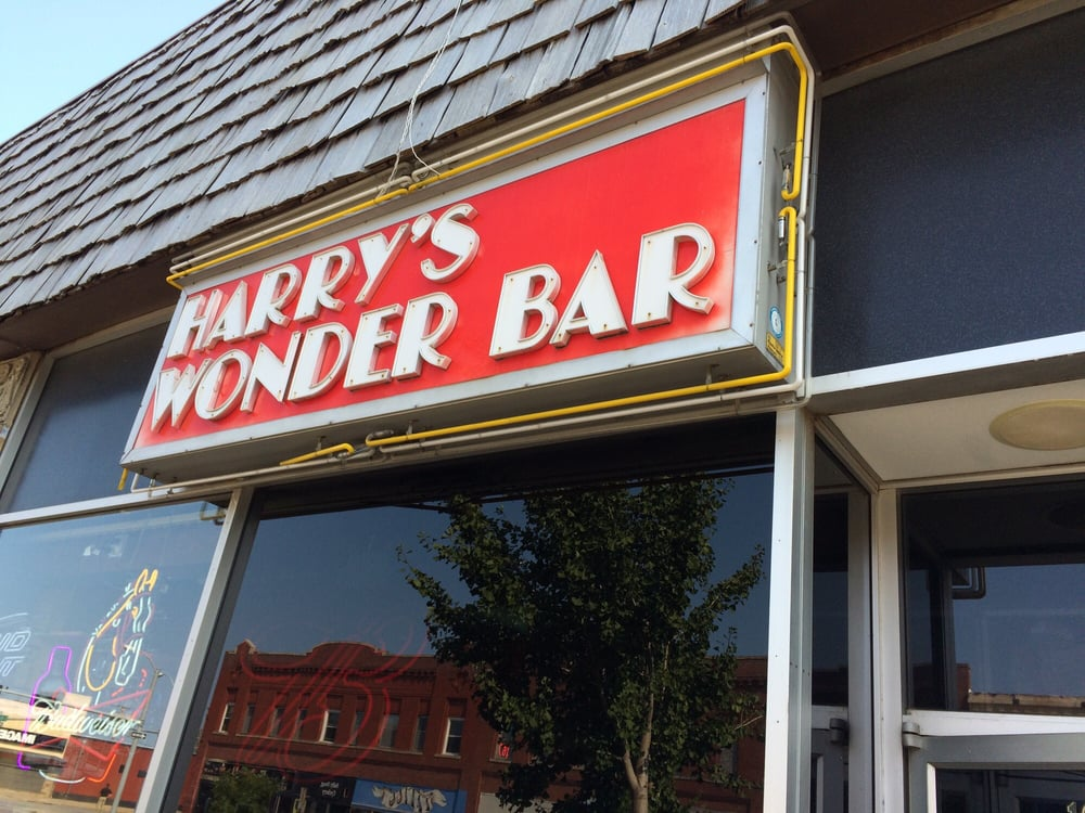 Harry's Wonder Bar