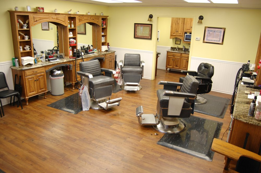 Pete's Barber Shop: 29 N Main St, Boonsboro, MD