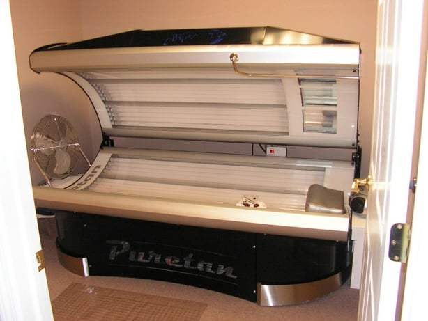 Forever Tan: 2063 Locust St S, Canal Fulton, OH