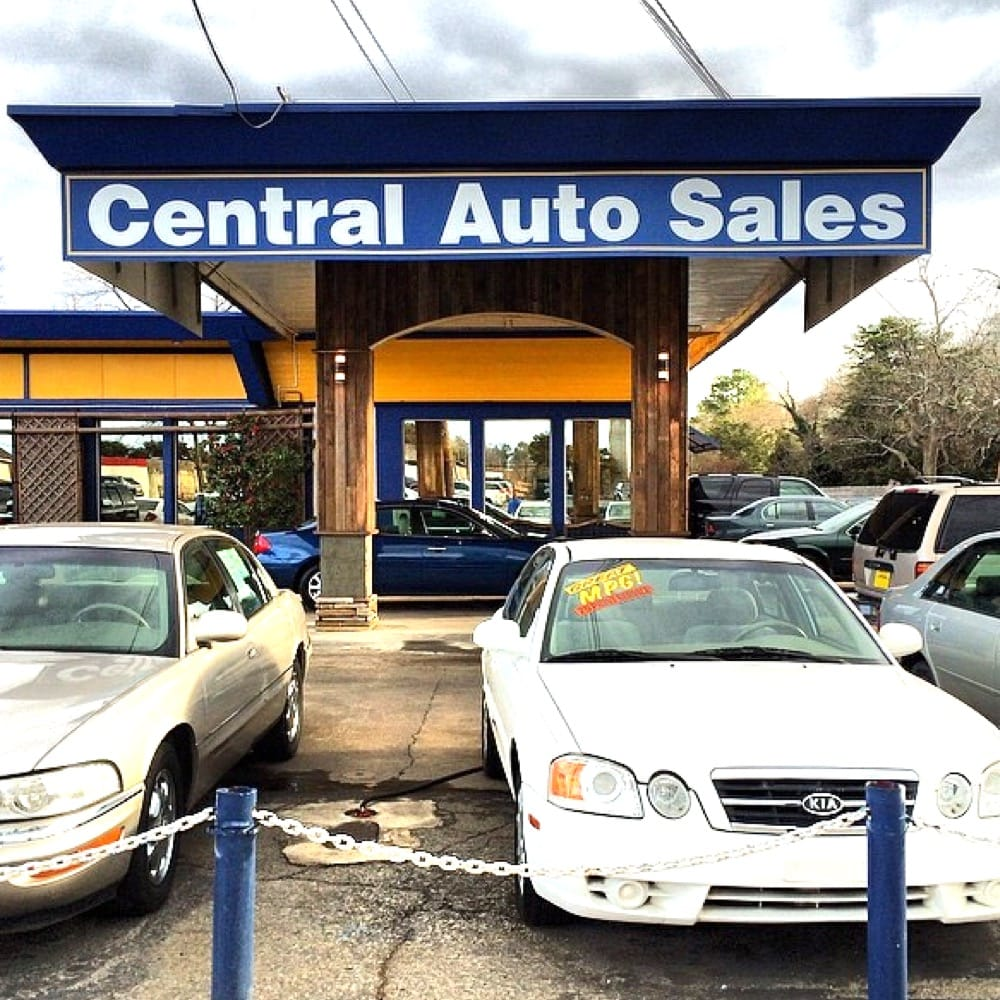 Ford Dealership Decatur: 2677 E College Ave