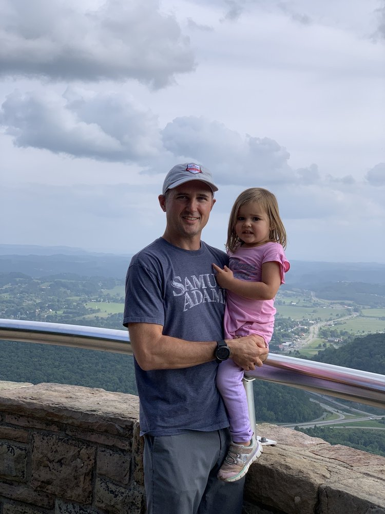 Pinnacle At Cumberland Gap National Park: 91 Bartlett Park Rd, Middlesboro, KY
