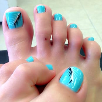 Center nails 22 photos 18 reviews nail salons 6113 for Acrylic toe nails salon